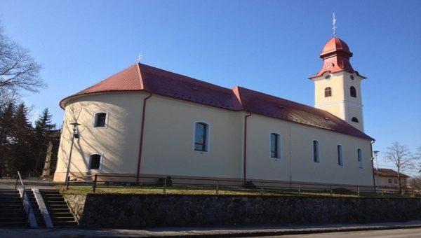 Na zateplení kostela